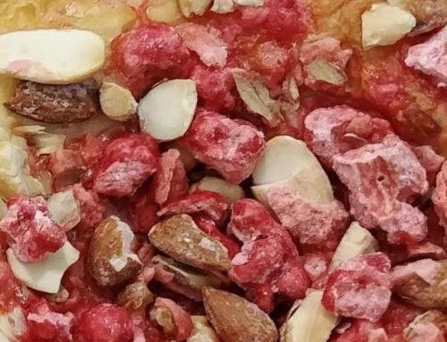 Brioche aux pralines rouges